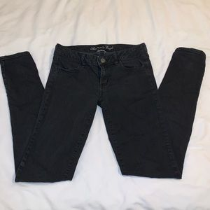 Size 8 American eagle Jeggings!